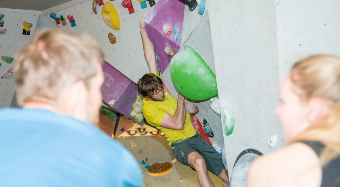 Bouldern in der Kletterhalle in Sonthofen
